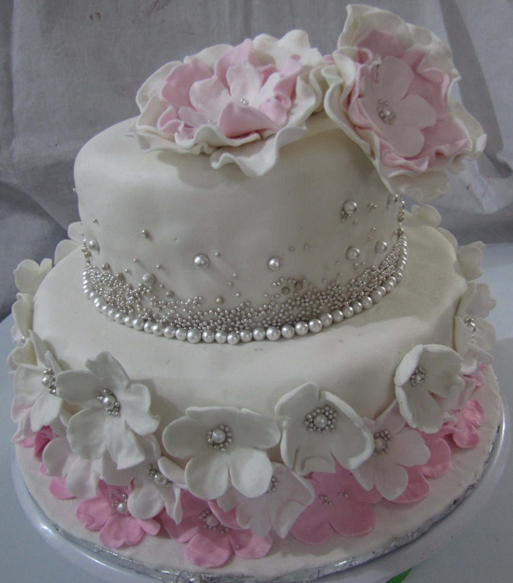 Beautiful Bridal Shower Cake / WarmOven | Buy Cakes online ...