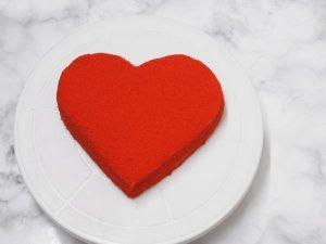 Naked Red velvet heart cake