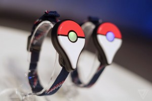 The wearable bluetooth device of Pokemon Go Plus addresses the concern of accidents