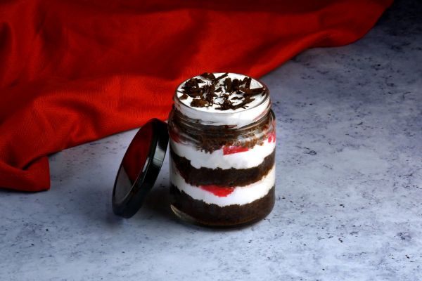 Black Forest Jar Cake Pack of 4 - Customizable