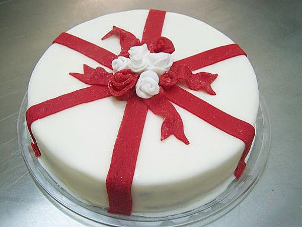 Mother's Day Celebration Cake