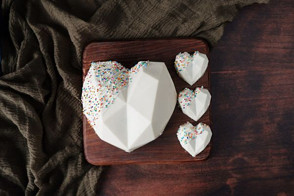 White Pinata Smash Cake Combo - Customizable