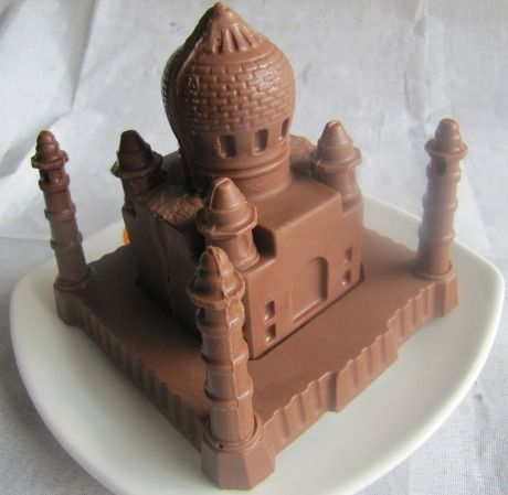 Chocolate Day Taj Mahal