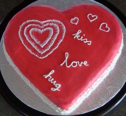 Hug Day Valentine Cake