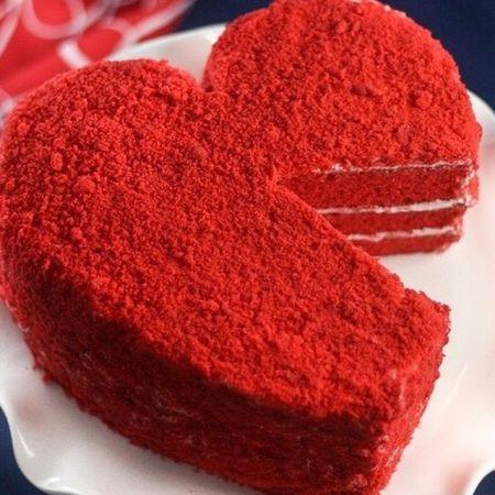 Valentine Day Cake