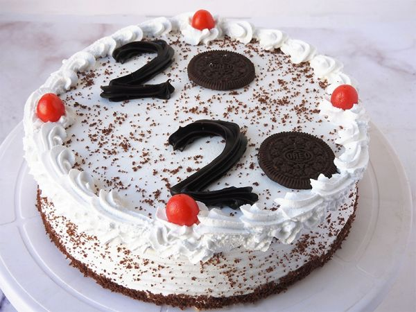Welcome 2020:new year special cake
