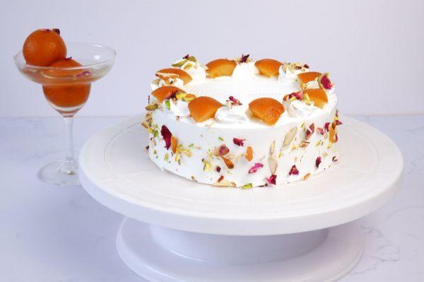 Gulaab Jamun Cake