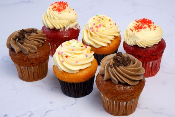 Butter Cupcake - 3 Flavors