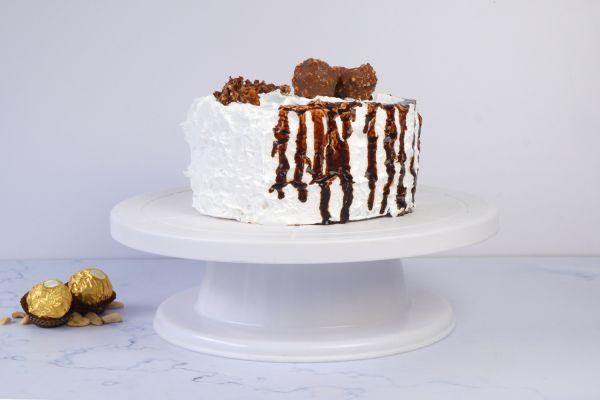 Ferrero Ice cream Cake