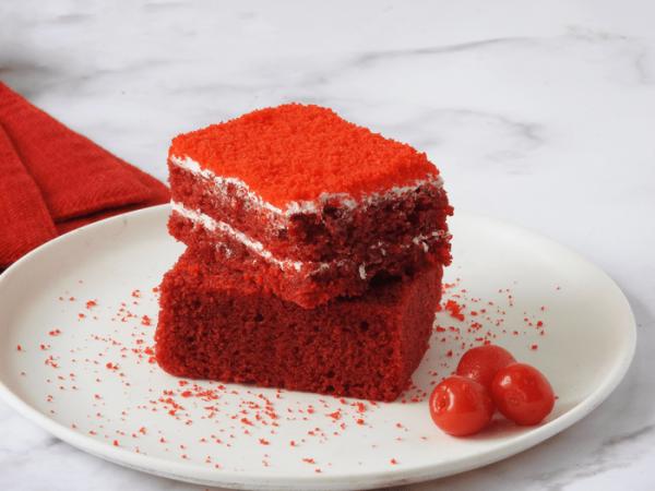 Red Velvet Pastry | Choco Brownie | Slurpy Shake Combo