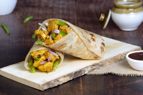 Chicken Tikka Roll | Bhuna Chicken Roll | Egg Cheese Roll