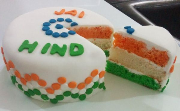 TRICOLOR Independence Day Cake