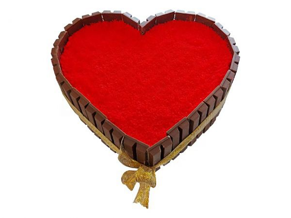Heart Shaped KitKat Cake