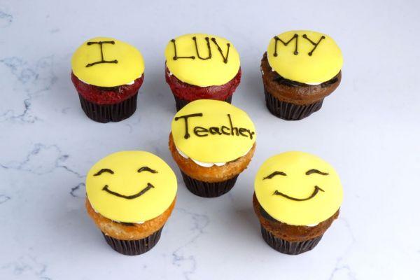 Teacher's Day Cupcake - Pack of 6