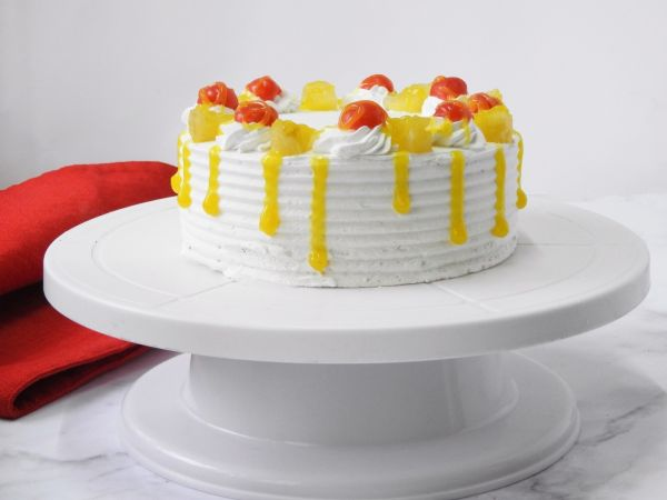 Punchy Pineapple Cake
