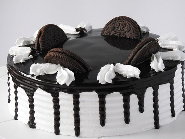 Choco Oreo Birthday Cake