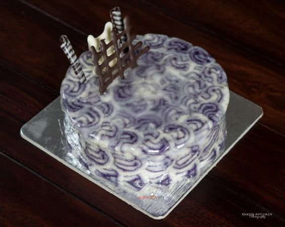 Blackcurrant Delight Cake