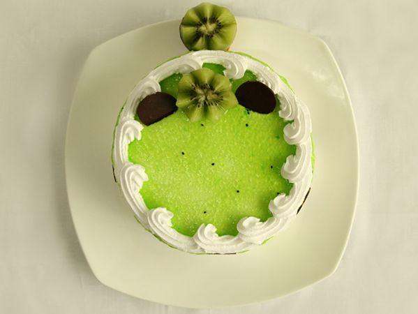 Tangy kiwi Cake