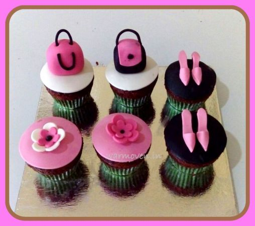 Women's Day Cupcake #2