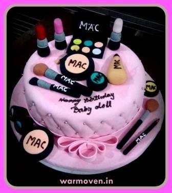 MAC Makeup Set  Cake